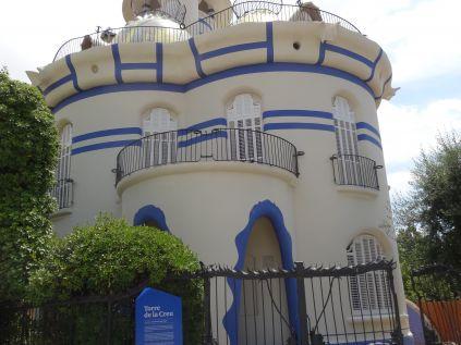La Torre de la Creu, sede de la Escola d'Idiomes Moderns