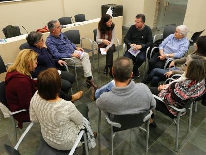 grup de suport emocional i ajuda mutua