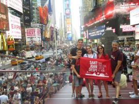 Família Gema Bernal-Time Square (Nova York)