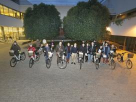 Cessió de 17 bicicletes elèctriques a estudiants i professors per incentivar la mobilitat sostenible