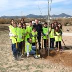 Els nens i les nenes del Consell dels Infants amb l'alcalde, Antoni Poveda