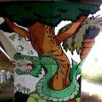 Una de les imatges que es pinten als pilars del pont