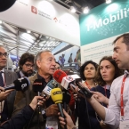El vicepresidente de Movilidad atendiendo a los medios