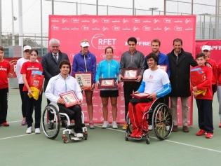 Los premiados al acabar el campeonato