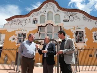 Luís Campo Vidal, amb l'alcalde A. Poveda i el tinent d'alcalde A. Medrano