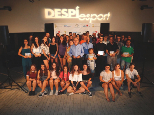 Foto de grup dels esportistes premiats