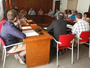 El Ple va aprovar per unanimitat les mocions de suport a les plantilles