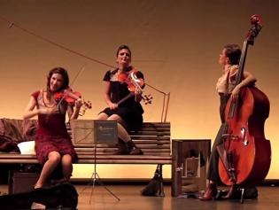 The Funam Violinistas, el 16 d'octubre