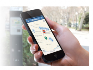 L'aplicació permet ajustar el pagament i comprovar on hi han places lliures