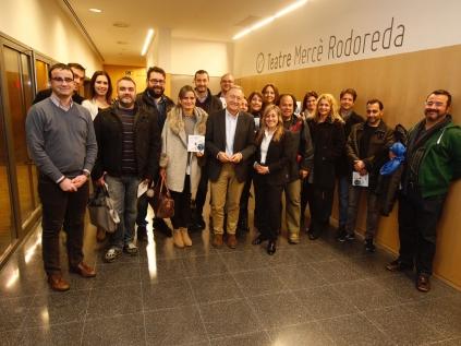 Els emprenedors amb l'alcalde i el regidor de Promoció Econòmica